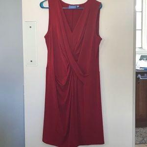 Beautiful red sheath dress with twist detail